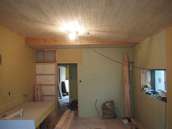 壁の下地工事がほぼ完了。